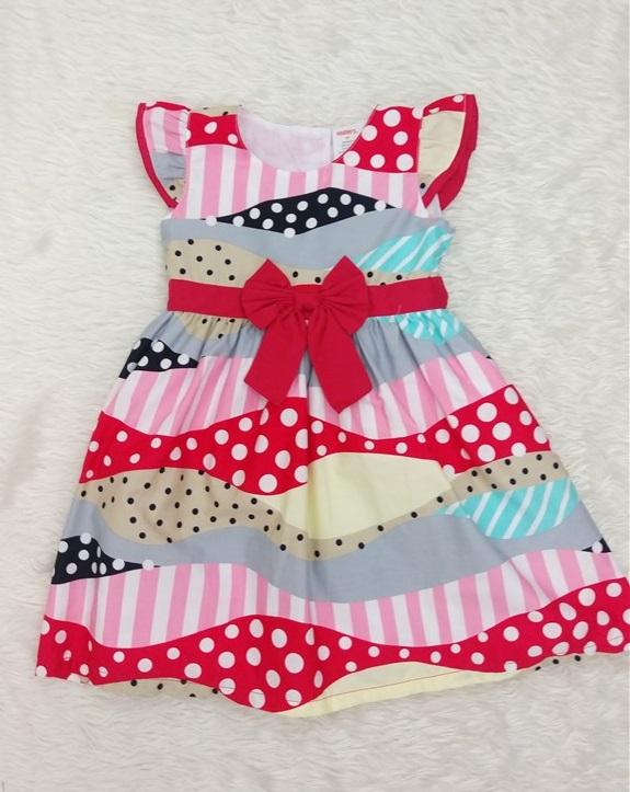 بسته بندی لباس بچه در منزل لباس سارافن دخترانه بچه گانه d693