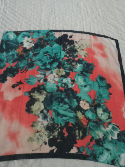 روسری حریر نخ dr001